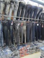 特价牛仔裤,裙子,T恤,情侣装大清仓